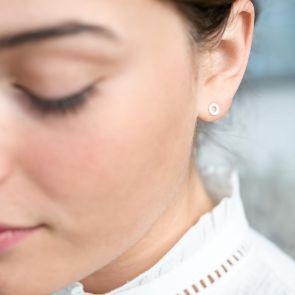 sterling silver circle stud earrings