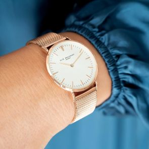 Stunning Rose Gold and White Face Analogue Watch